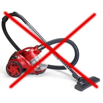 Собирать-осколки-стекла-разбитой-энергосберегающей-лампы-пылесосом-запрещается